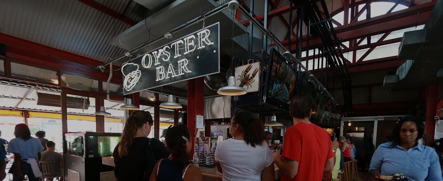 Oyster bar at The Crazy Lobster in New Orleans